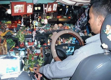 Taxi Trinkets