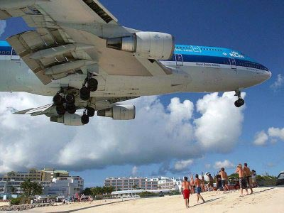 AirportAirplane Landing at the Beach