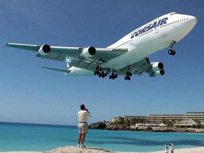 St Maarten Beach Airport