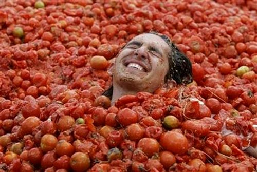 Tomatina Tomato Bath