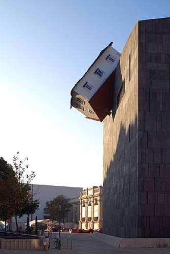 Erwin Wurm House Attack | Vienna, Austria
