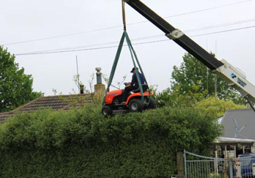 Ride-On Hedge Trimmer
