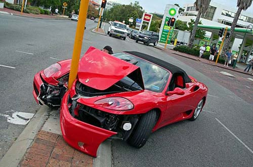 Ferrari Crashed Into Pole