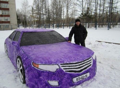 Life Size Car Snow Sculpture