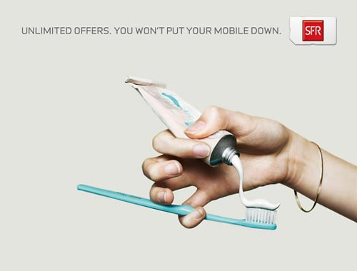 SFR Mobile Print Ad | You Won't Put Your Mobile Down
