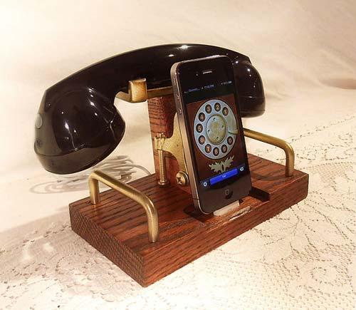 Vintage Handset iPhone Docking Station