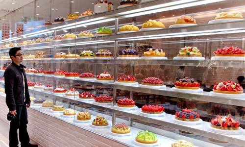 Huge Dessert Display Case in Osaka, Japan