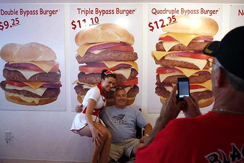 heart attack pictures. Heart Attack Grill Restaurant