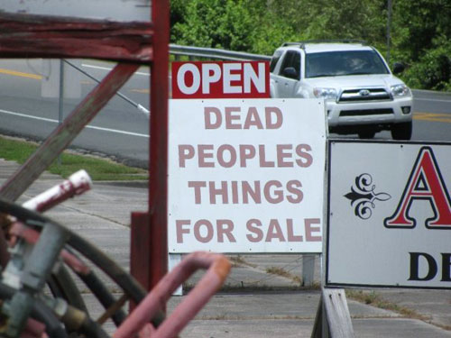 Dead Peoples Things Sign
