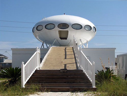 Spaceship Shaped Building Headquarters for Pensacola Beach Preservation and Historical Society